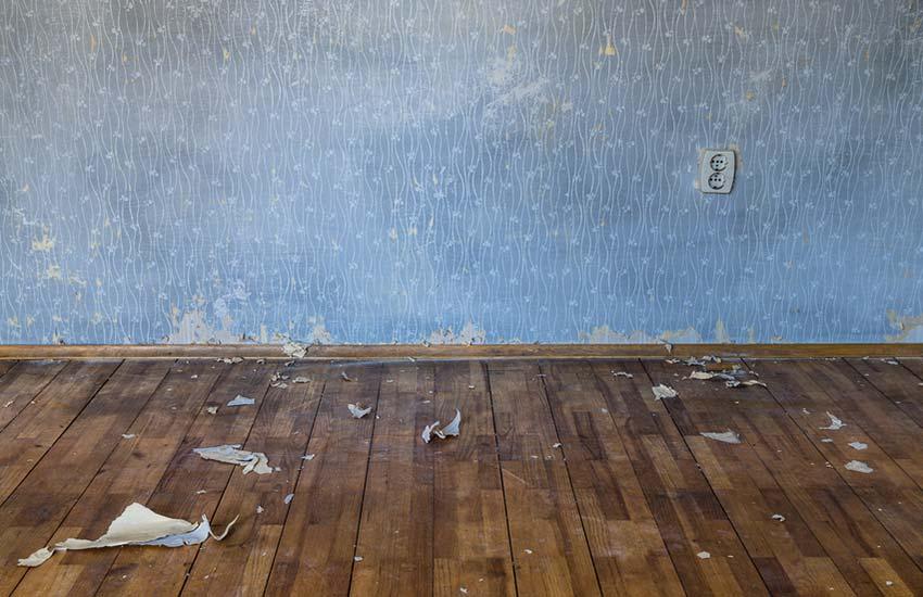 Cómo reparar daños a papeles pintados